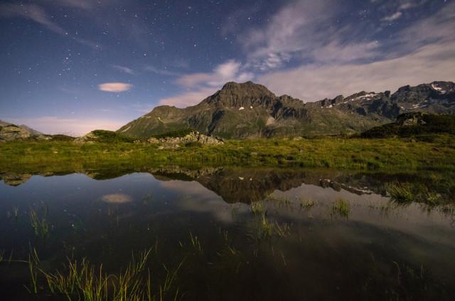 Piz da la Margna von Westen bei Nacht