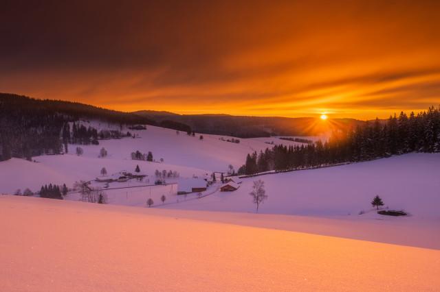 Sonnenaufgang über dem Langenordnachtal